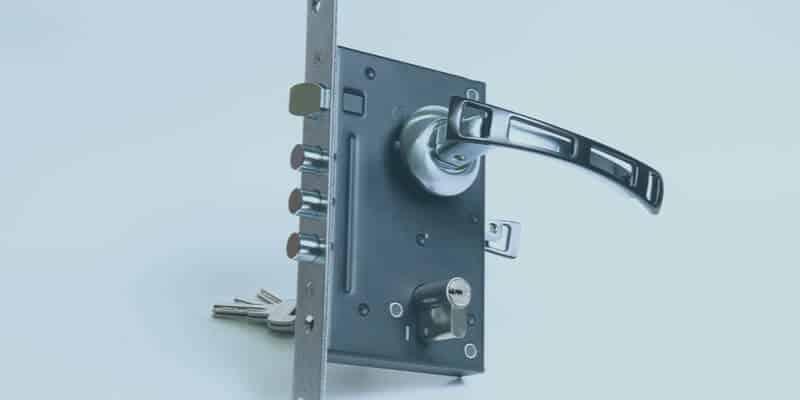 deadbolt lock - Andrea Locksmith