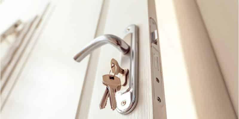 door lock replacement - Andrea Locksmith