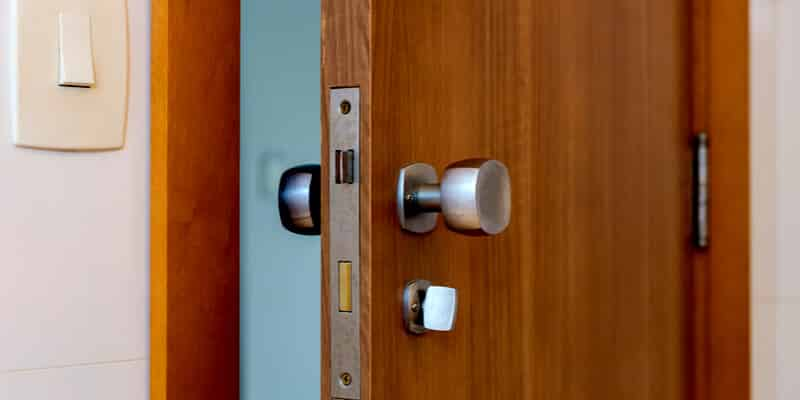 front door locks - Andrea Locksmith